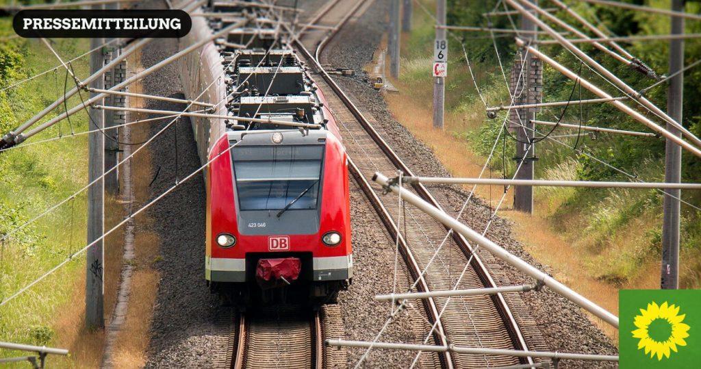 Bild einer elektrifizierten Regionalbahn